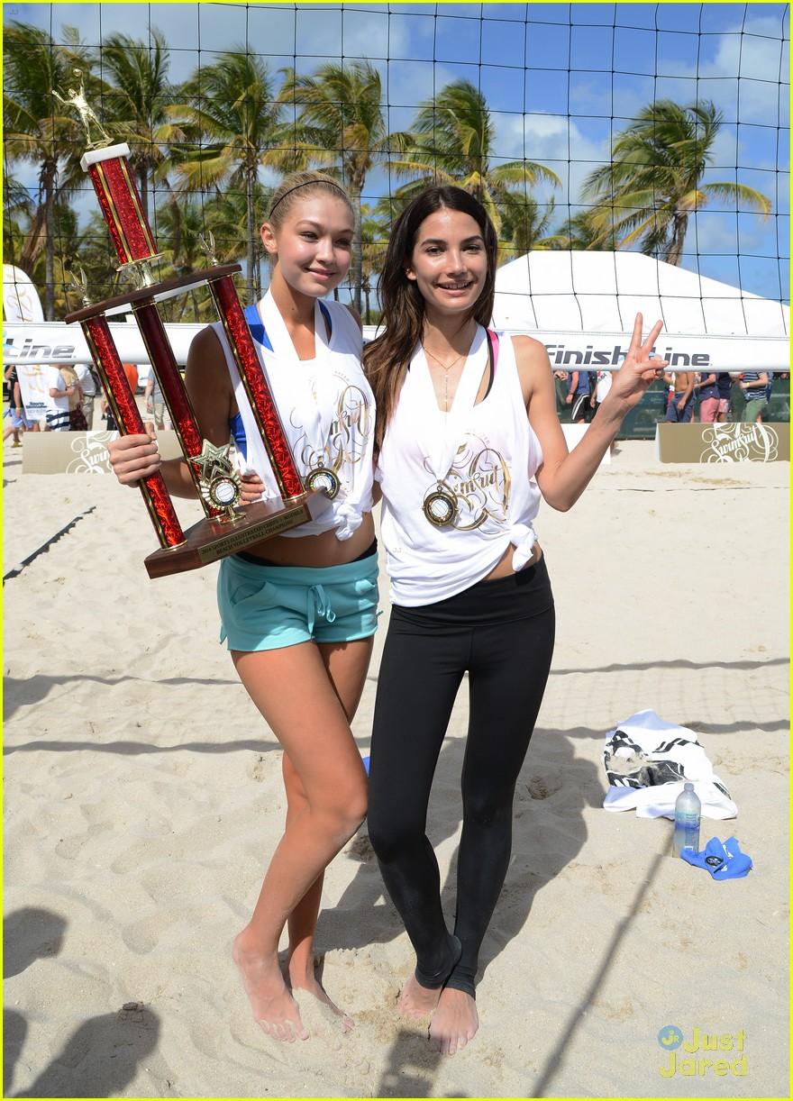 Gigi Hadid: Sports Illustrated Swimsuit Beach Volleyball ... Zac Efron Diet