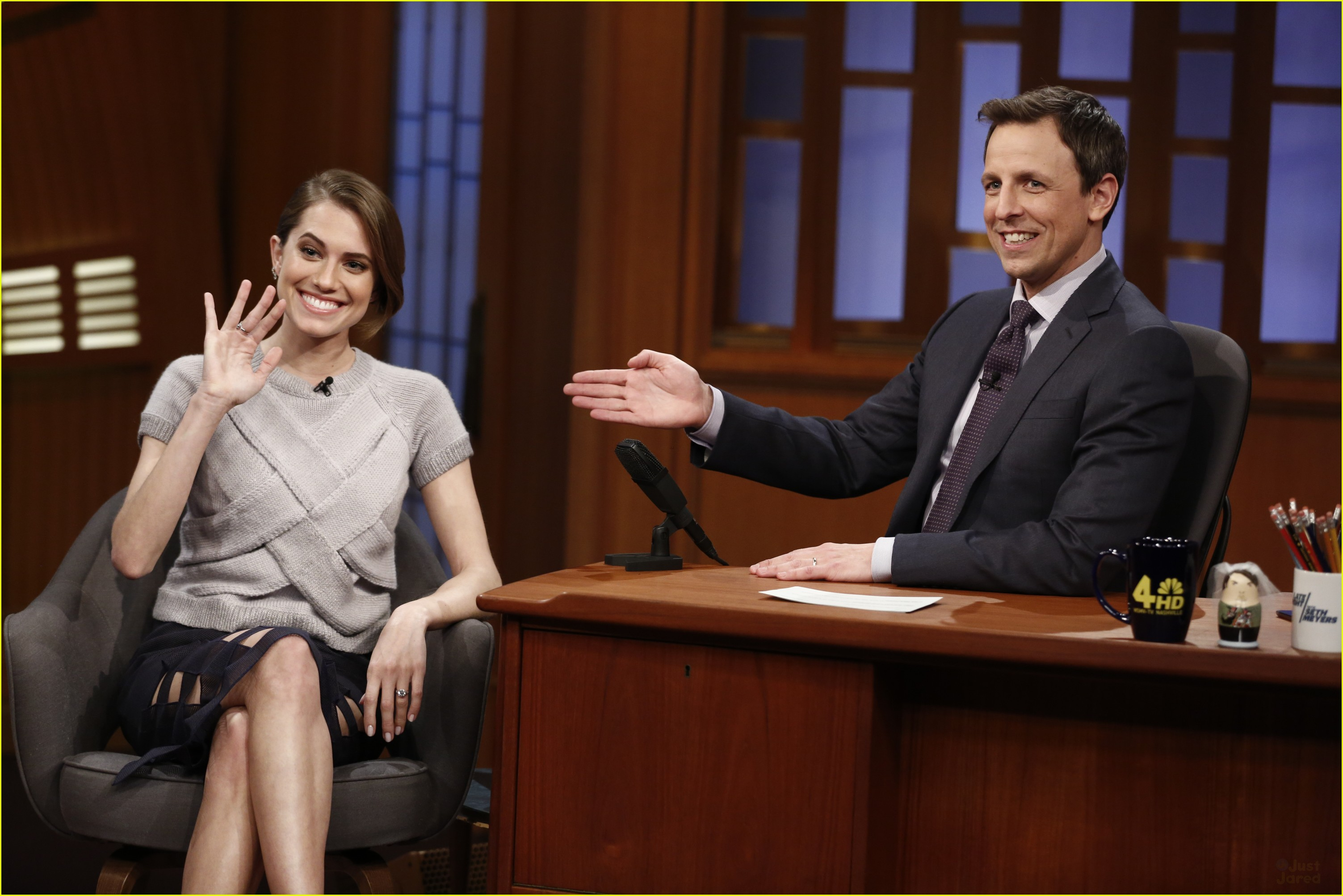Allison Williams Shows Engagement Rings Late Night Seth Meyers 02