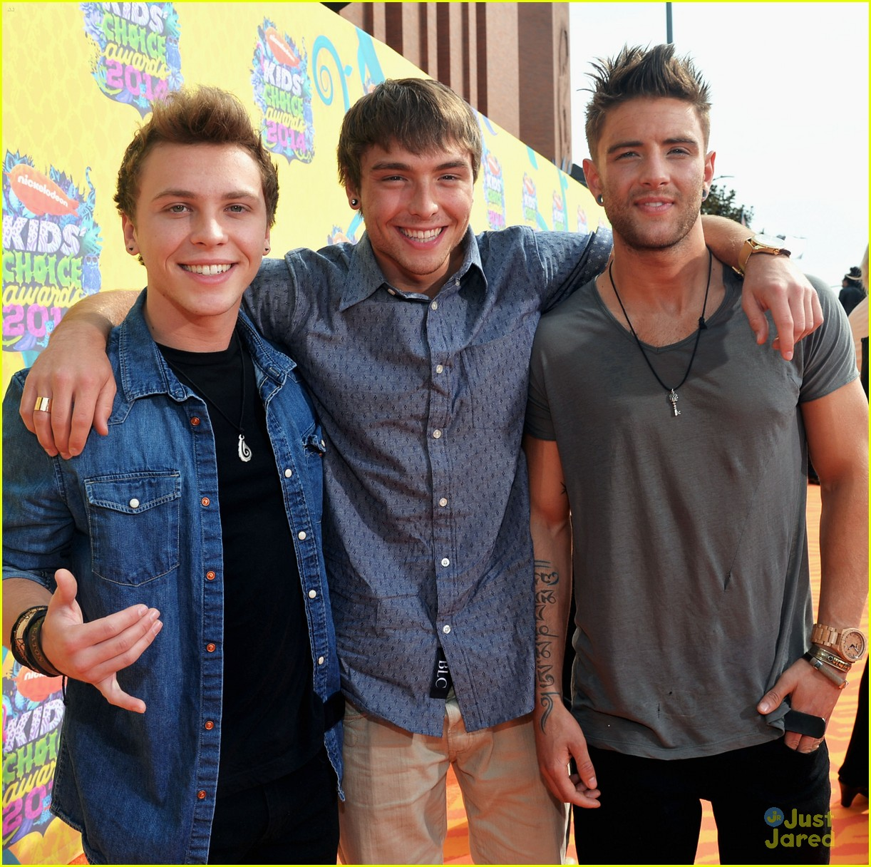 slime faces ready emblem3 hit up kids choice awards