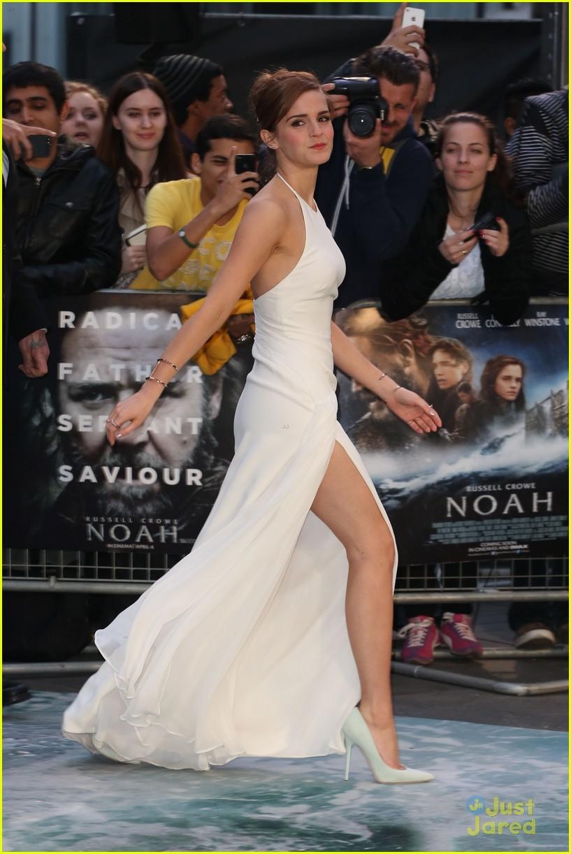 emma watson leg noah london douglas booth 01Douglas Booth And Emma Watson Noah