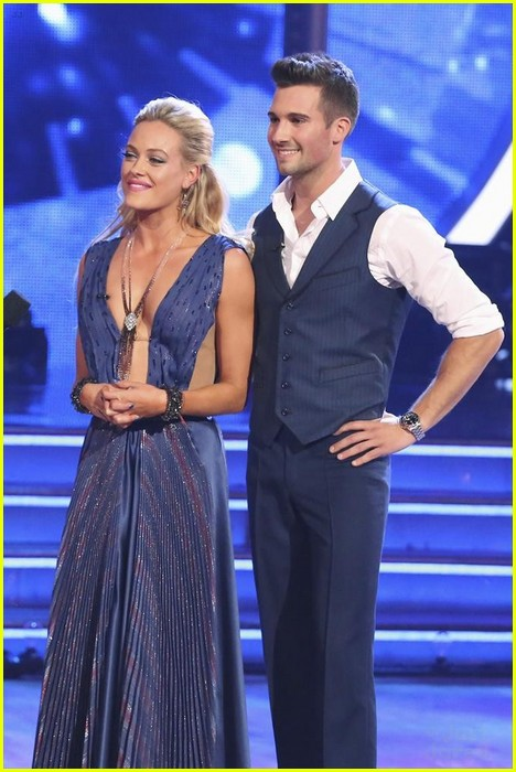 Is james dating peta on dancing with the stars