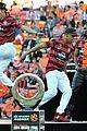 Derulo-soccer jason derulo jumps around at the australian football a league grand final06