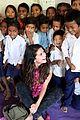 Selena-nepal selena gomez travels nepal pics 11