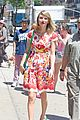 Swift-rosy taylor swift wildflower dress young fans nyc 10
