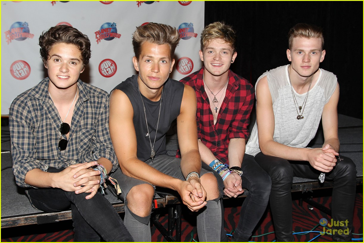 planet hollywood new york meet and greets