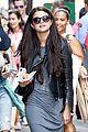 Selena-chipolte selena gomez chipolte lunch nyc 05