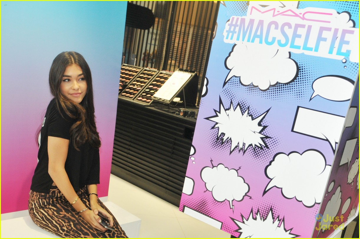 madison beer mac store appearance orlando 08
