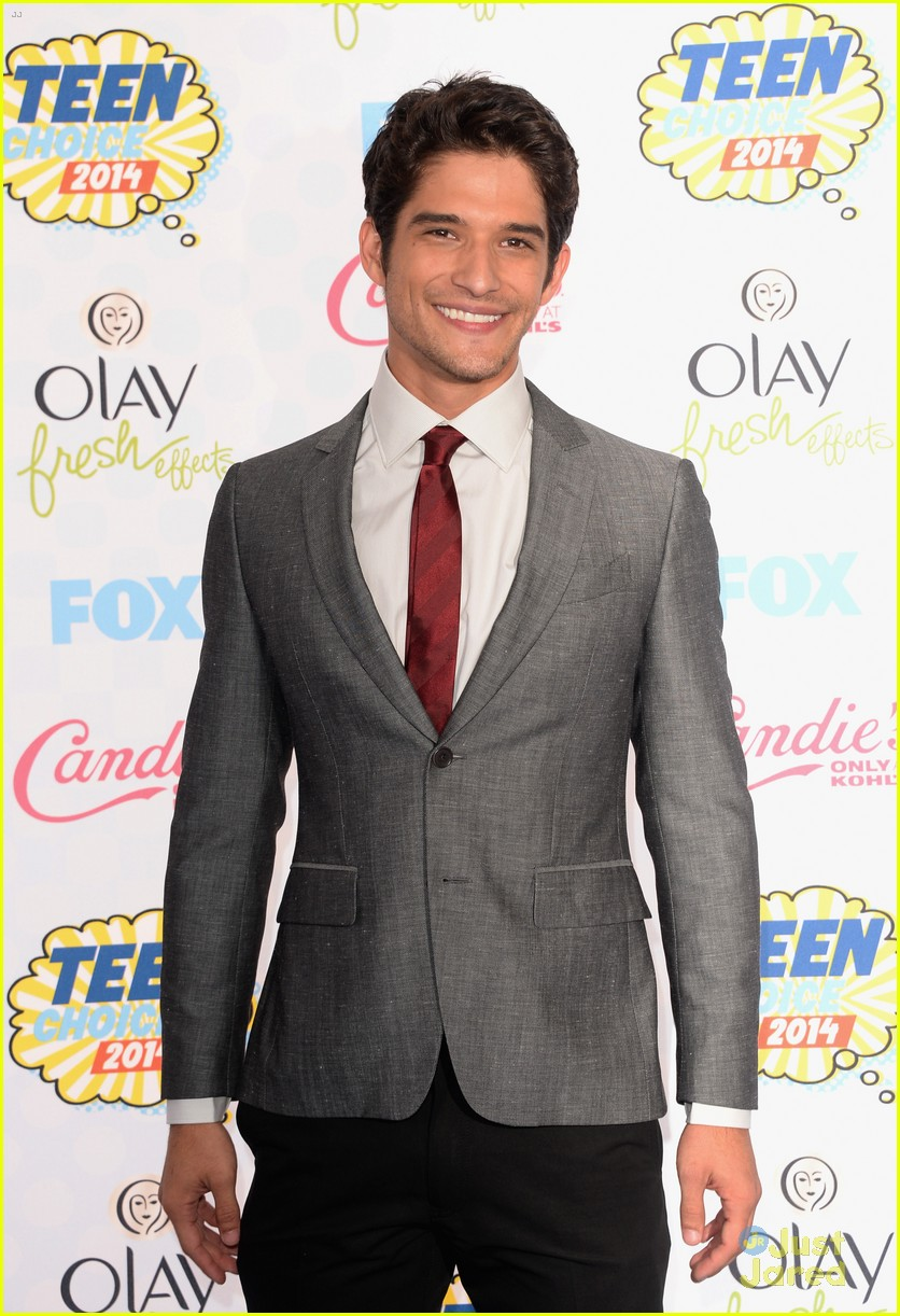 tyler posey dating 2014 Learn about tyler posey: his birthday, what he did before fame, his family life, fun seana gorlick in july 2013 but they called off the engagement in october 2014 in the summer of 2017, he began dating actress sophia taylor ali following.