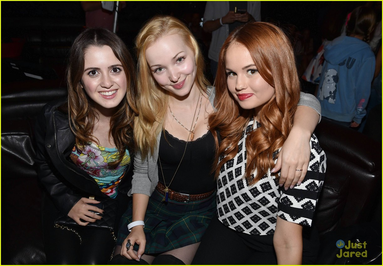 debby ryan dove cameron katy perry concert 24