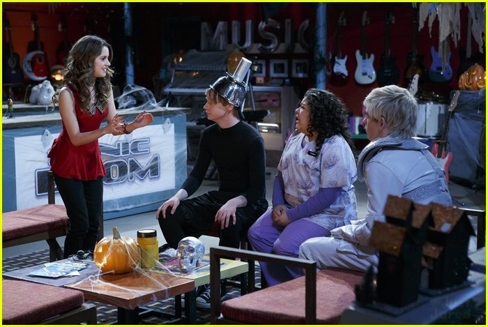 austin ally scare fest excl clip 06