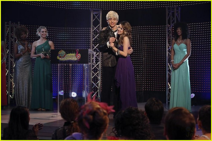 austin and ally relationships red carpets ending relationship