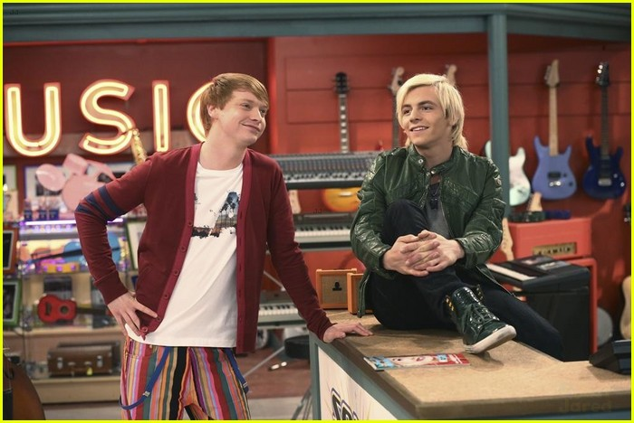 are austin and ally really dating in real life Of course they are dating in real life cuz in austin and ally  ross lynch and laura should really be together forever because they look so cute together and.