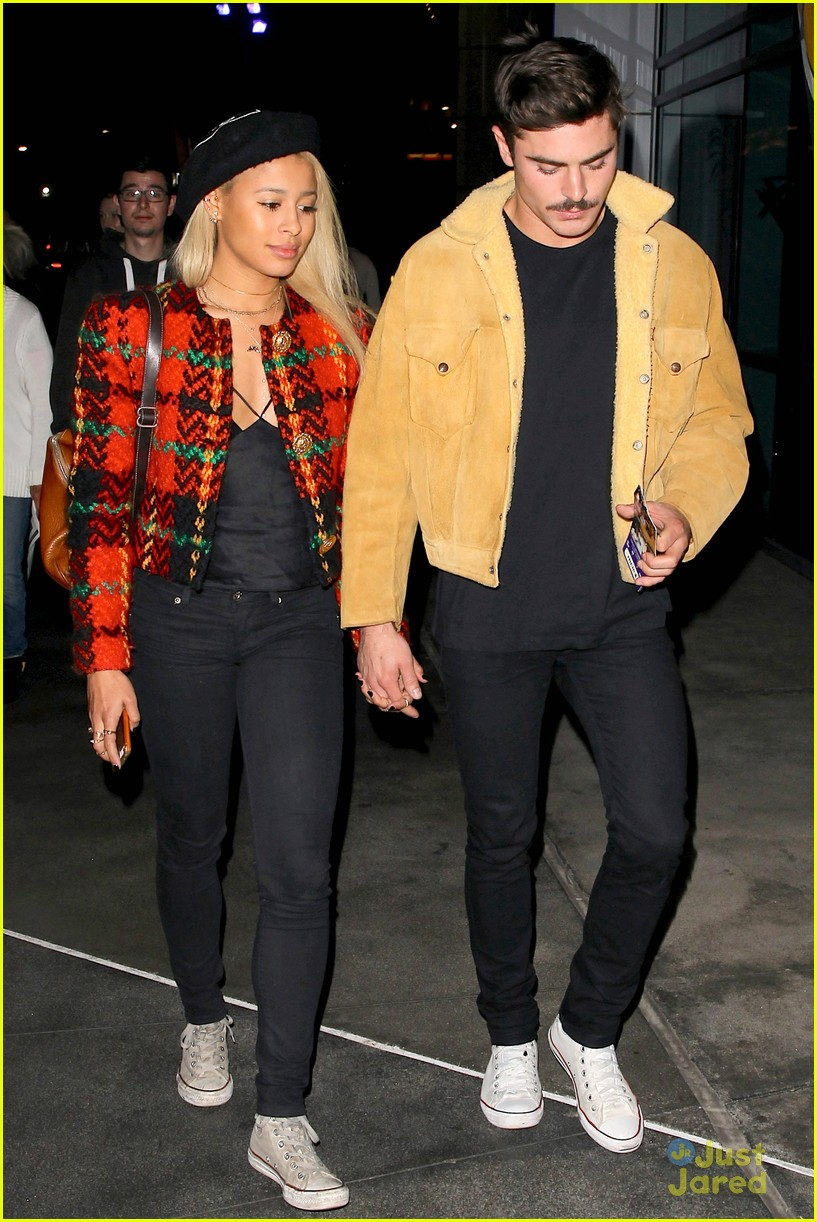 zac efron sami miro hold hands at lakers game date 06