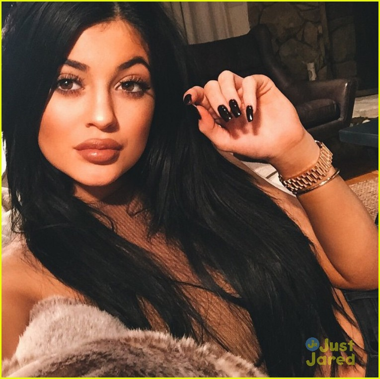 full sized photo of kylie jenner lips selfies 03 10 of