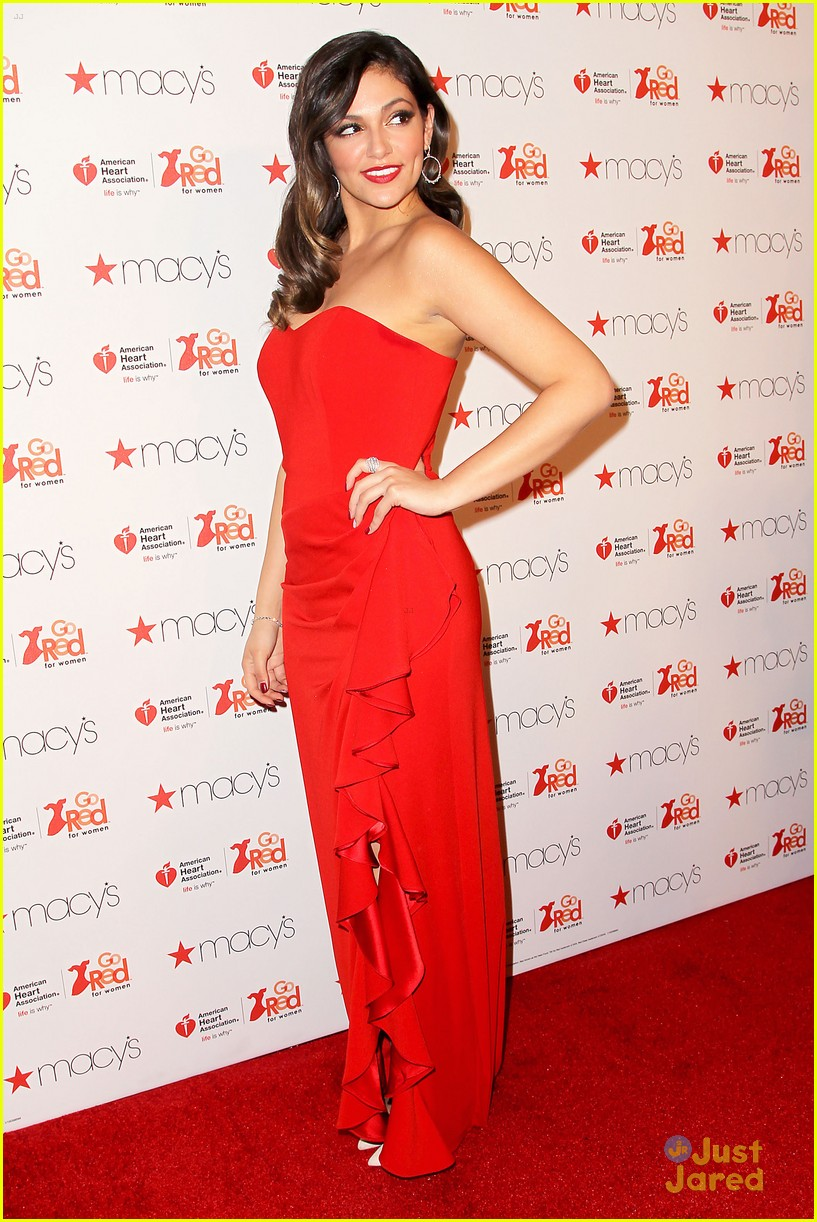 Full Sized Photo of jennette mccurdy bethany mota red ...