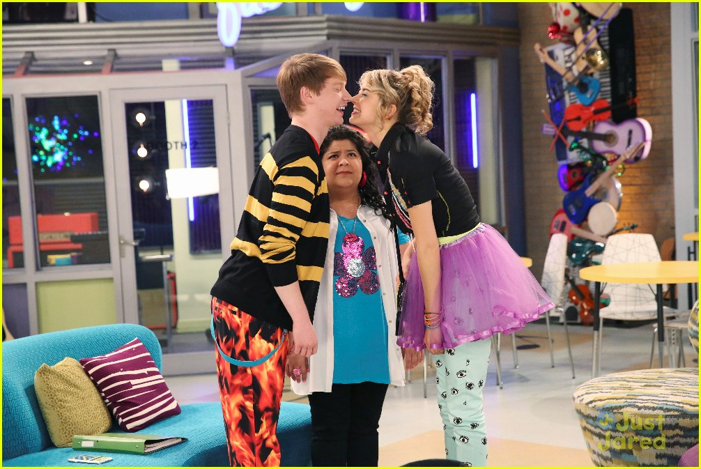 austin ally wedding bells wacky birds 03