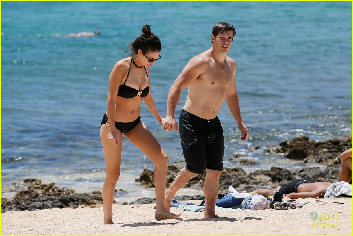 chloe bridges dating Celebrity couples josh hutcherson loves and hookups and dating rumors actress chloe bridges is rumored to have hooked up with josh hutcherson in 2012.