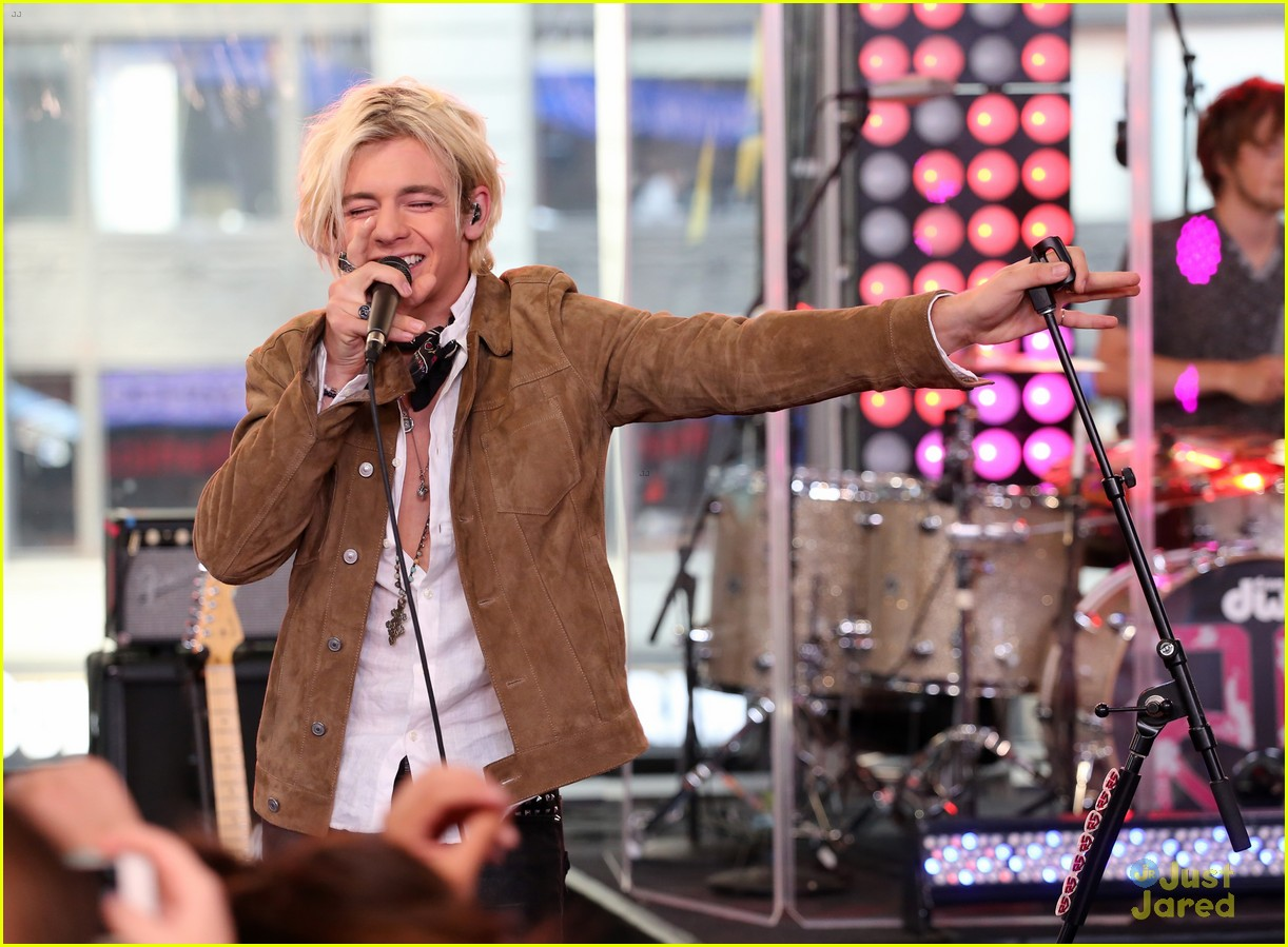 r5 all night good morning america 07