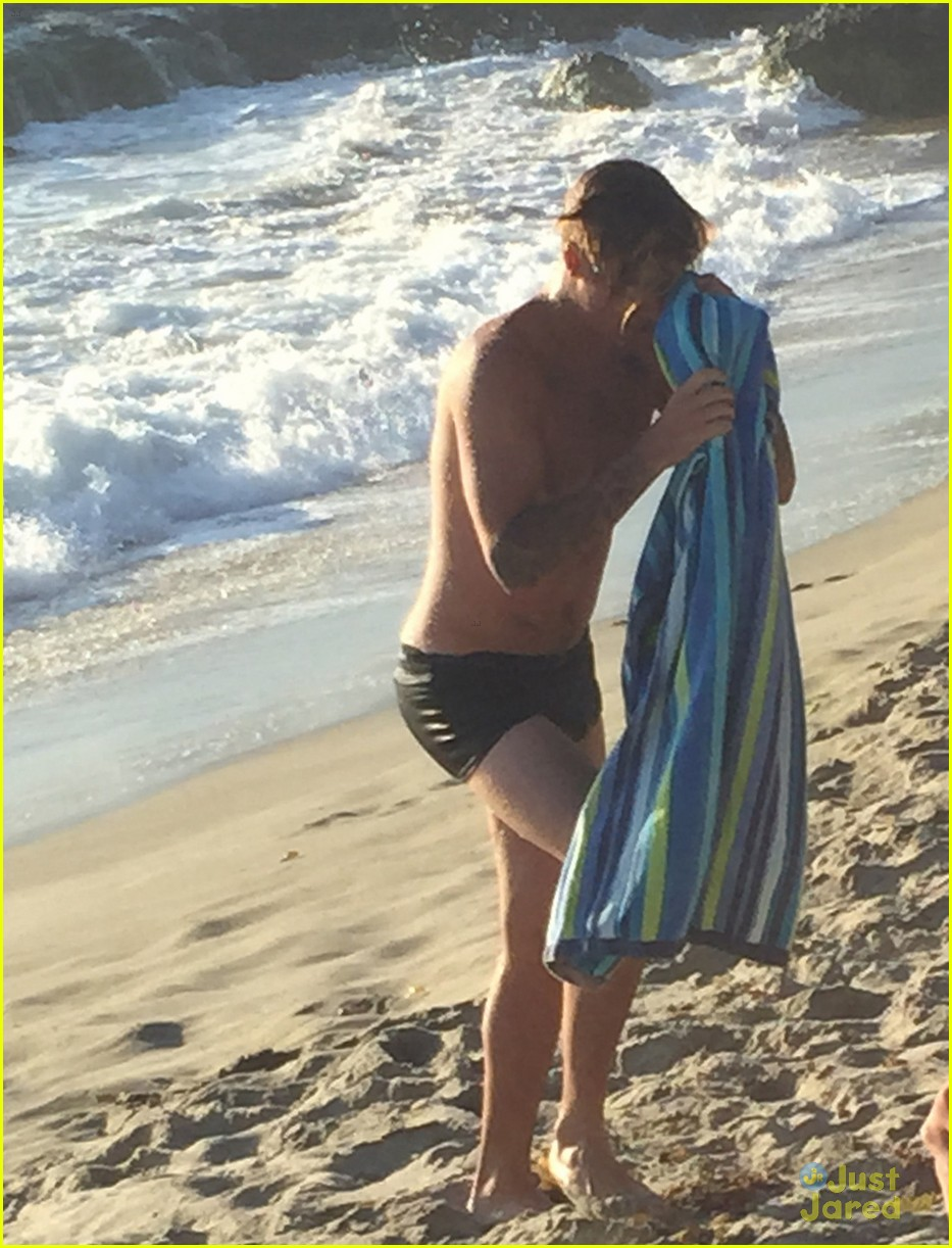 Just For The Beach Justin Bieber Wears Only Underwear For An Ocean Dip Photo