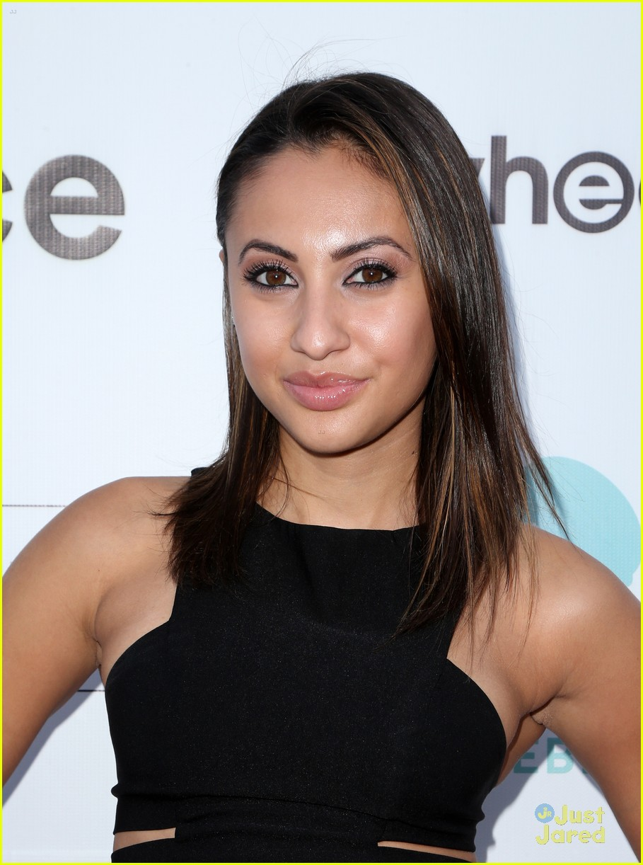 Francia Raisa Gives Away Her Teen Choice Awards Dress ...
