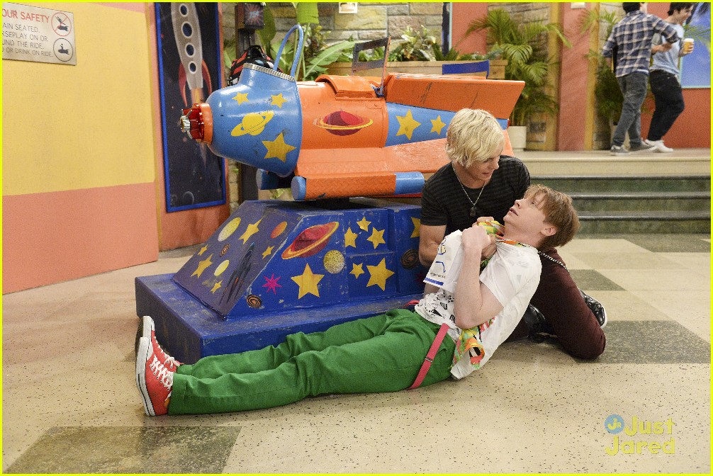 austin ally rejection rocketships raini direct stills 08