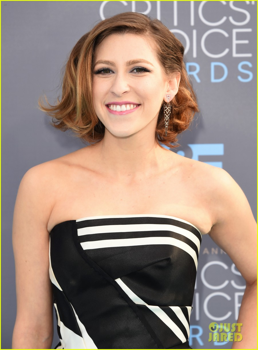 eden sher gets support from patricia heaton ahead of