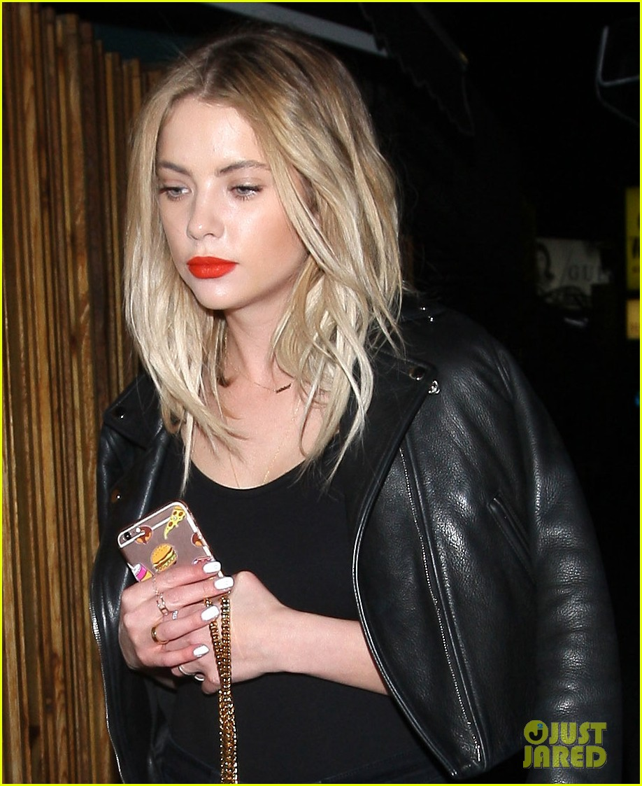 ashley benson nice guy night out friends 01