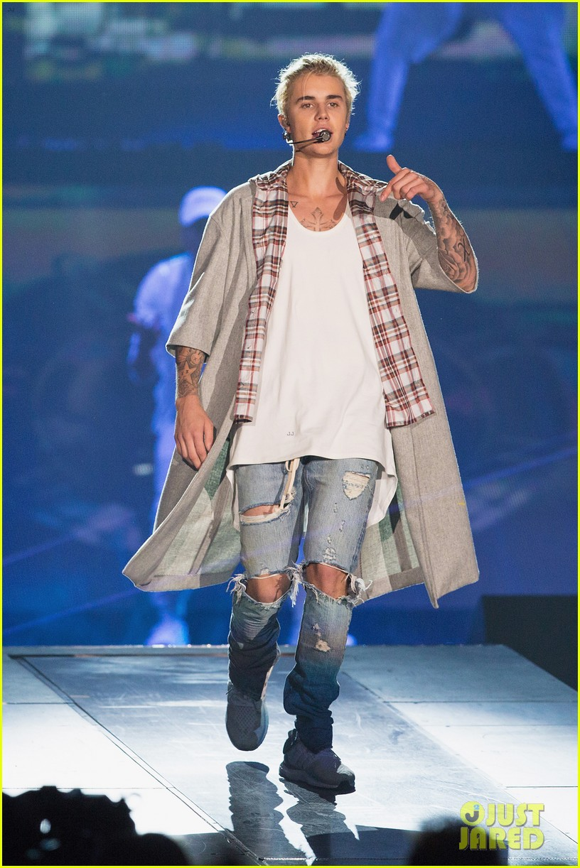justin bieber cancels all future meet and greets 05
