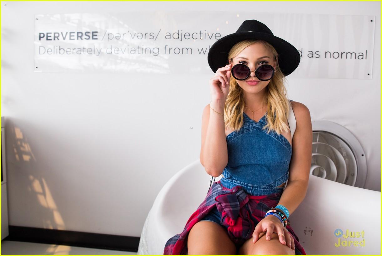 olivia holt ashley benson preserve sunglasses coachella 11