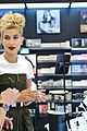 Hailey-sephora hailey baldwin sephora shop justine skye second bday party 03