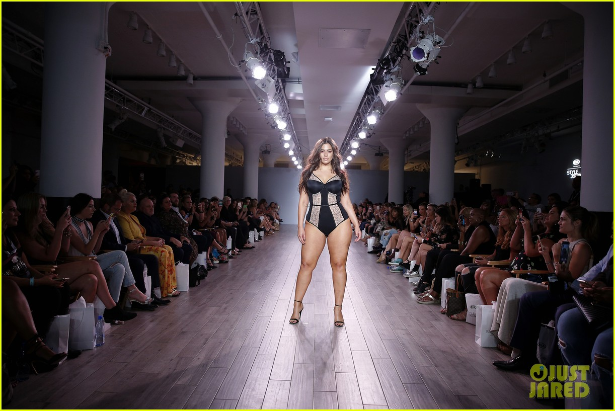 ash jordyn hit the runway in lingerie show during nyfw77601mytext