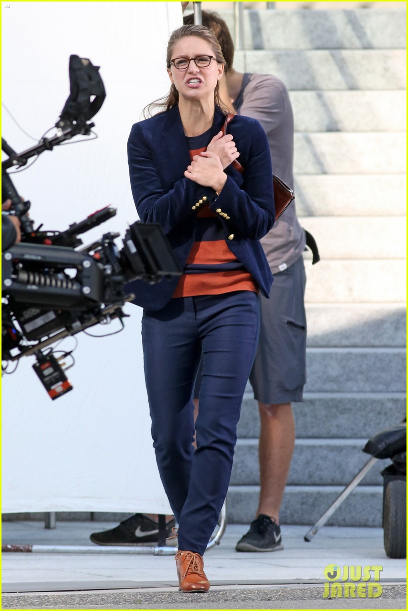 melissa benoist is all smiles while filming supergirl00303mytext