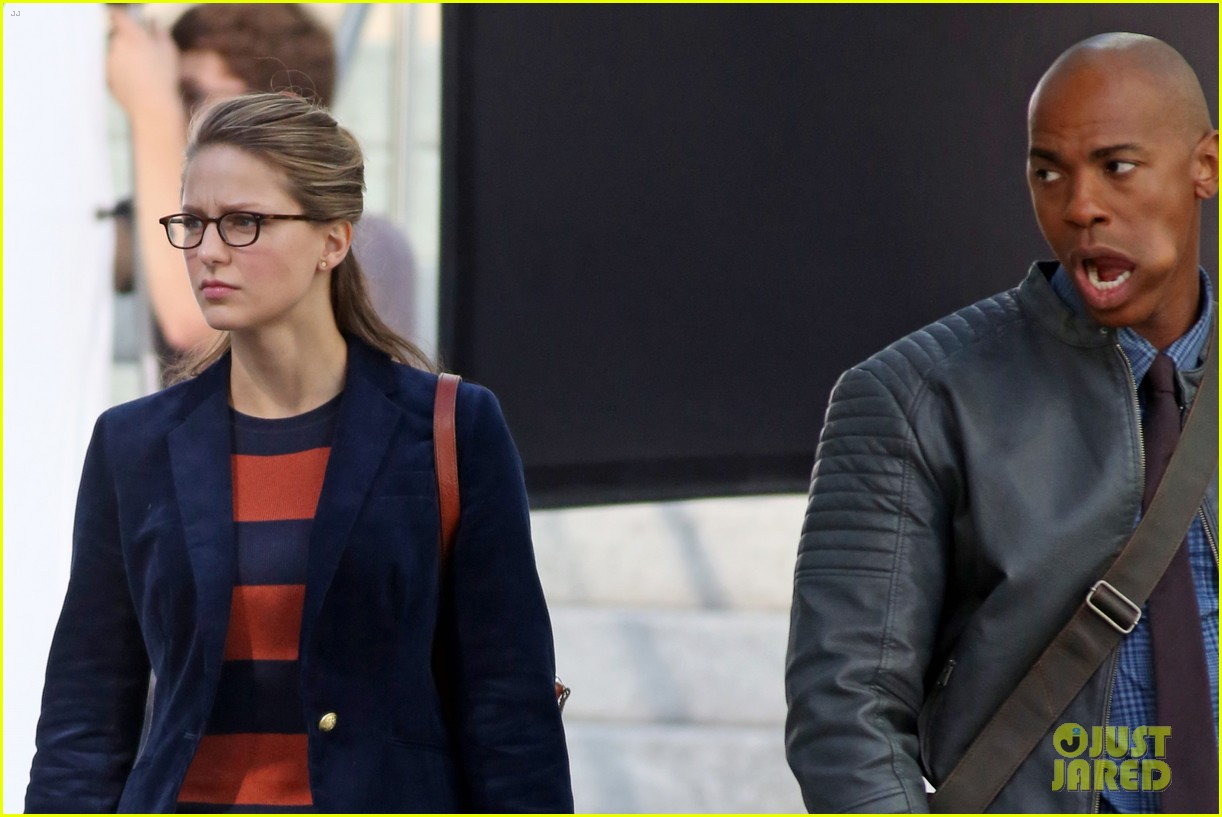 melissa benoist is all smiles while filming supergirl00606mytext