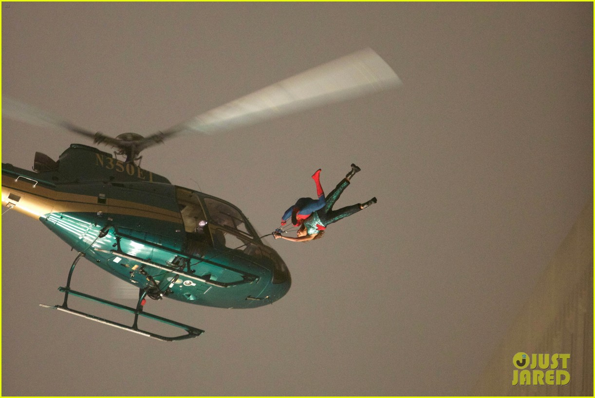 spider man stunt doubles helicopter scene 07