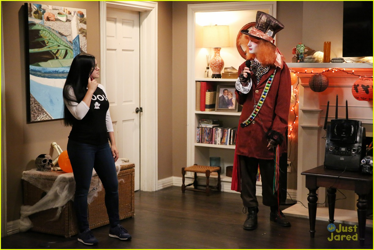 lily luke halloween costumes modern family tonight 15