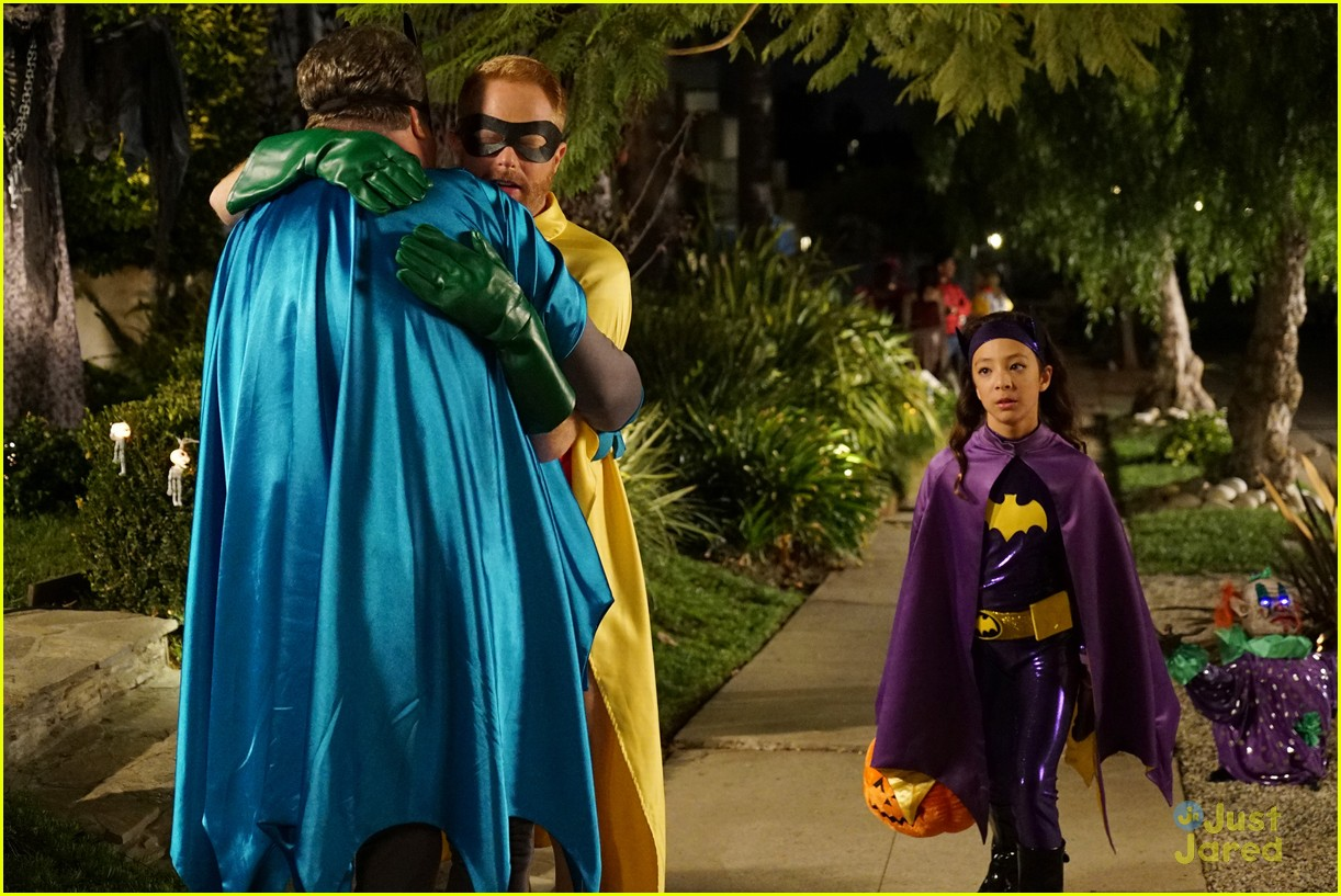 lily luke halloween costumes modern family tonight 34