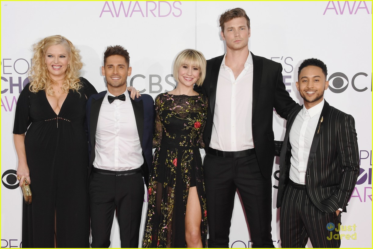 baby daddy cast wins peoples choice awards 05