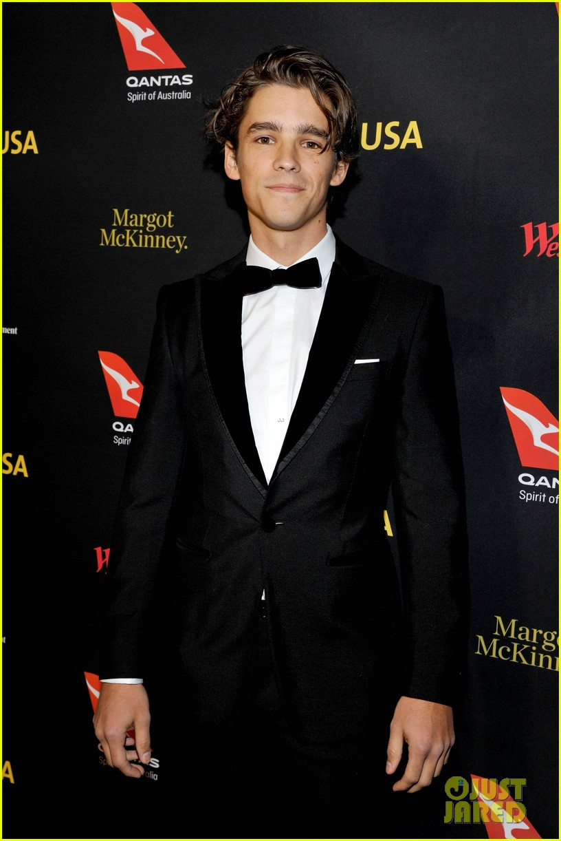 dominic purcell brenton thwaites more suit up for gday black tie gala 01