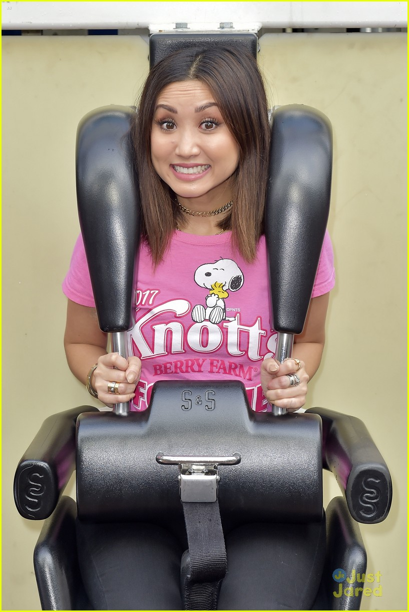 brenda song knotts for cure event 16