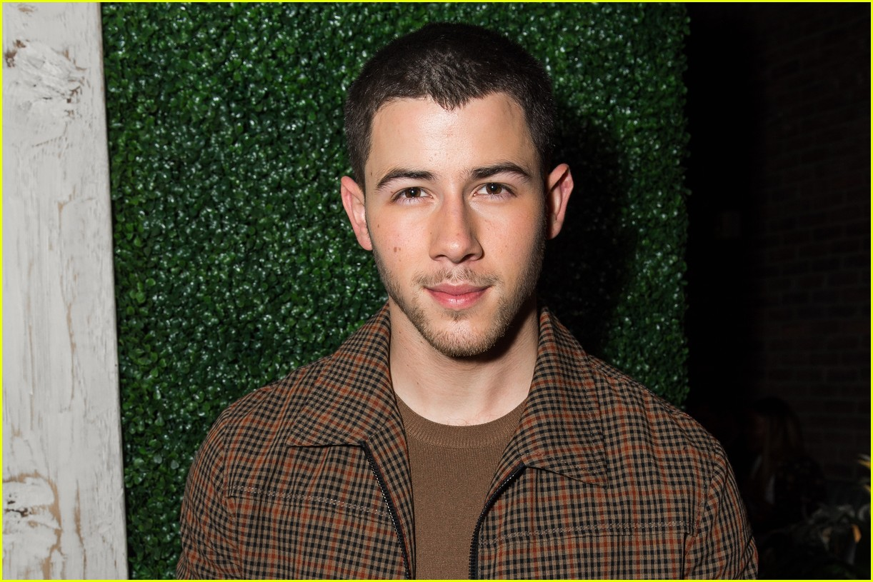 nick kevin jonas catch dinner 03