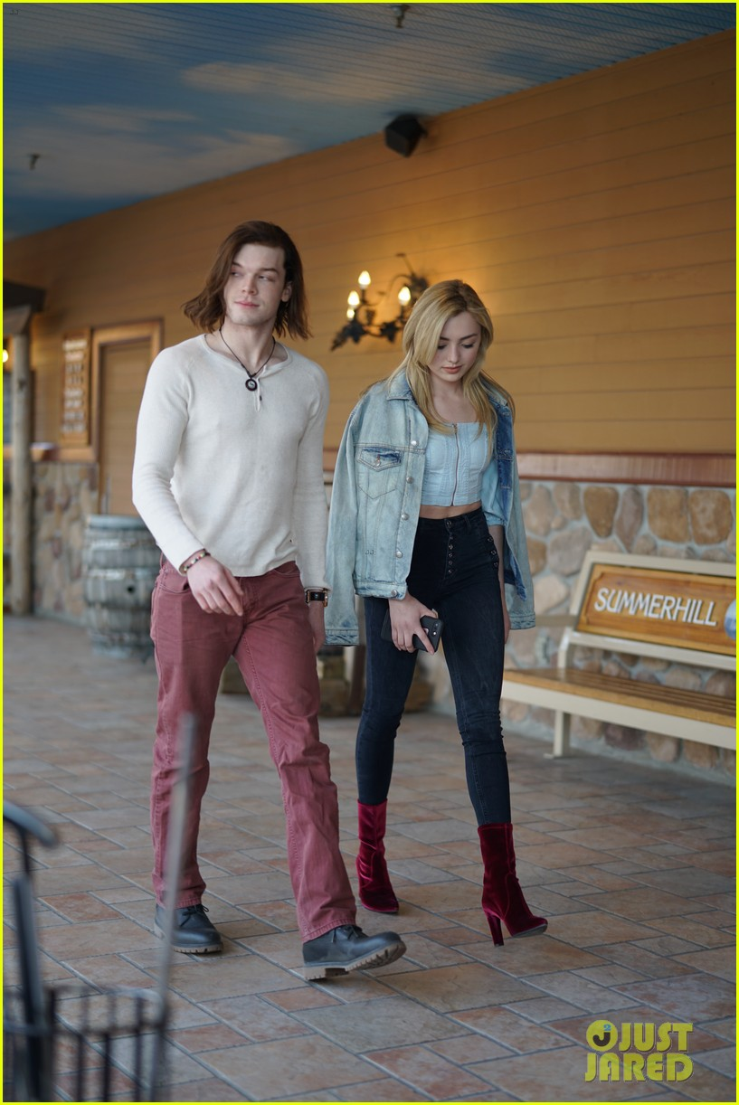 peyton list costar hang offset of their new ya thriller 01