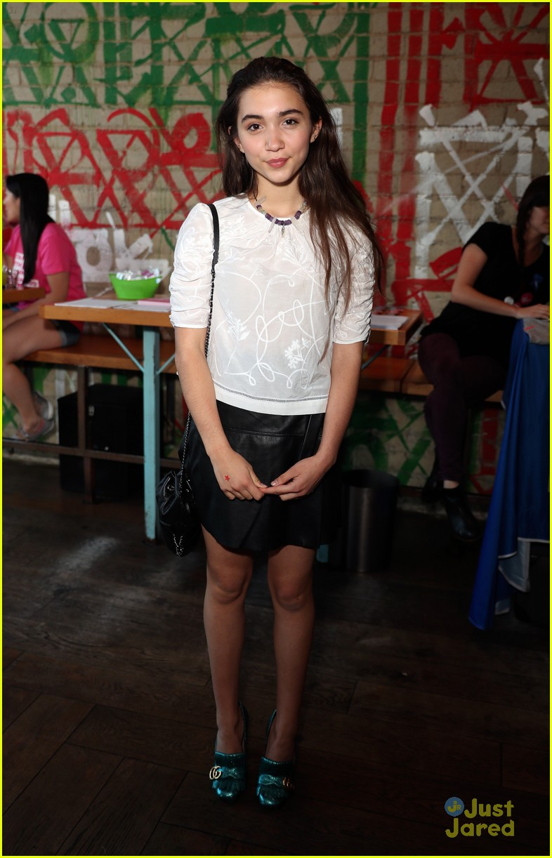 rowan blanchard yael grobglas shelter for all event 02