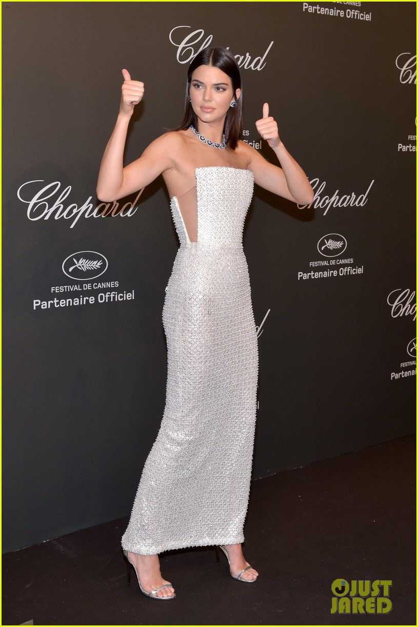 kendall jenner shines like a diamond at chopard space party 04