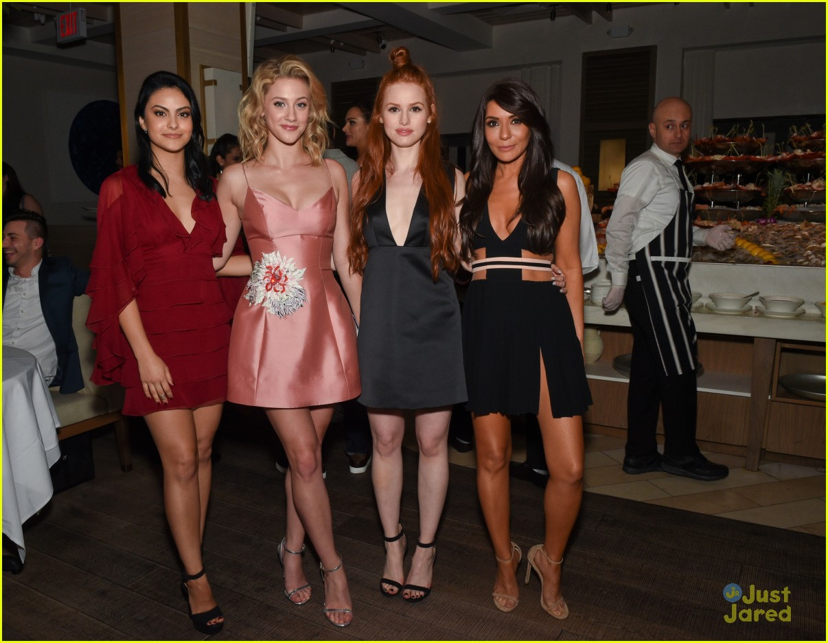 riverdale ladies lead cw upfronts party 01