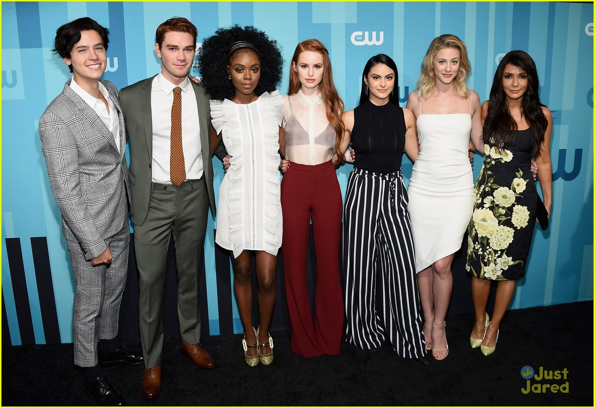 riverdale cast sticks together cw upfronts 04