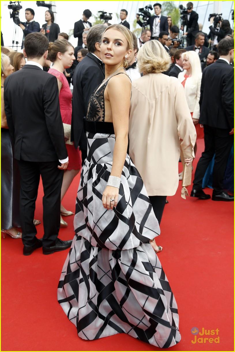 thylane blondeau tallia storm cannes loveless premiere 23