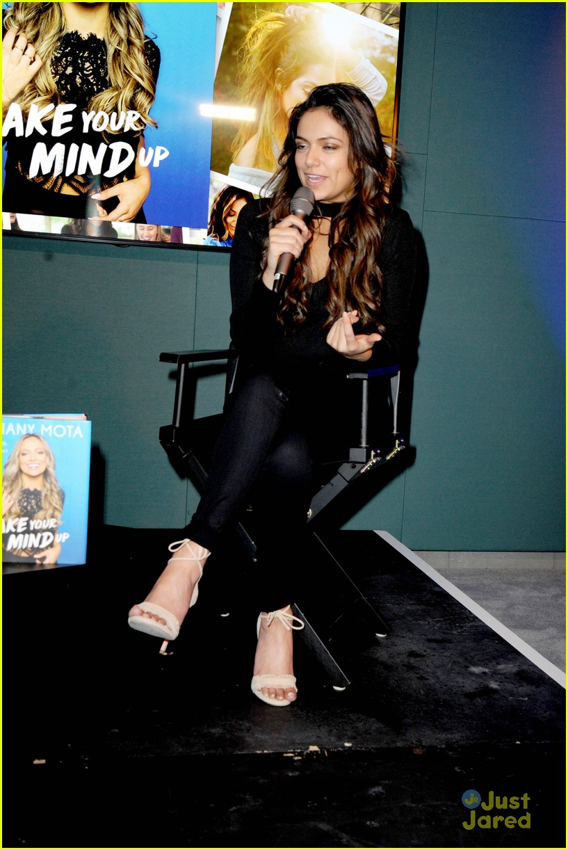 bethany mota london book things scare you 05