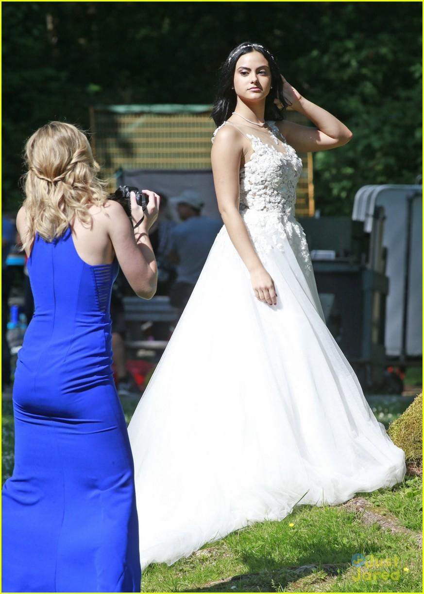 riverdale wedding photos set spoilers 01