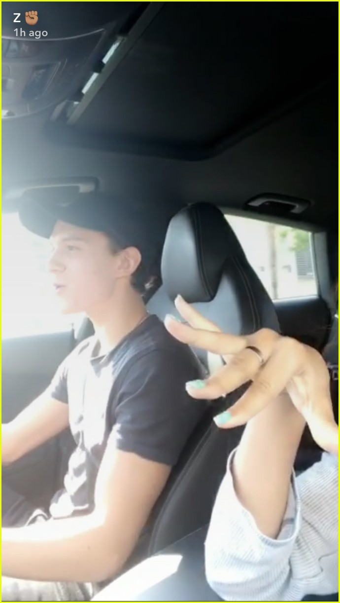 zendaya tom holland car ride photos 01