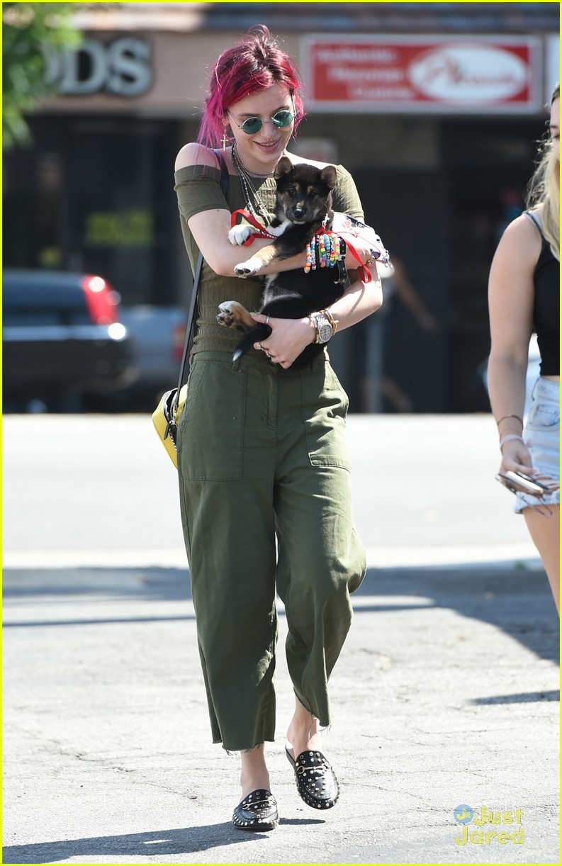 bella thorne new dog out lunch sunday 02